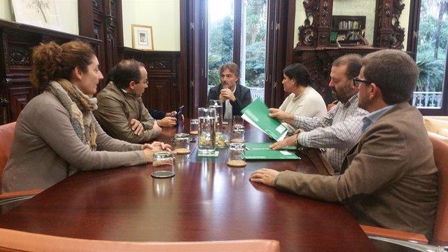 Reunión de Fiscal con alcaldes de Almonte, Hinojos y Aznalcázar