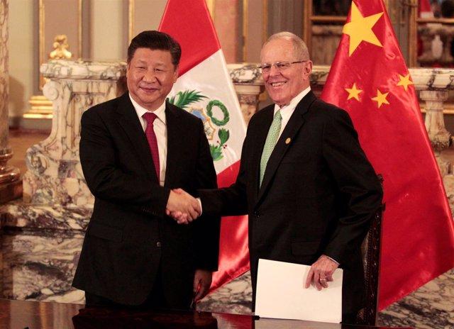 Xi Jinping y Pedro Pablo Kuczynski