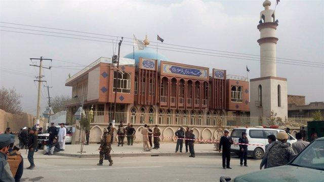 Mezquita chií objeto de un atentado en Kabul