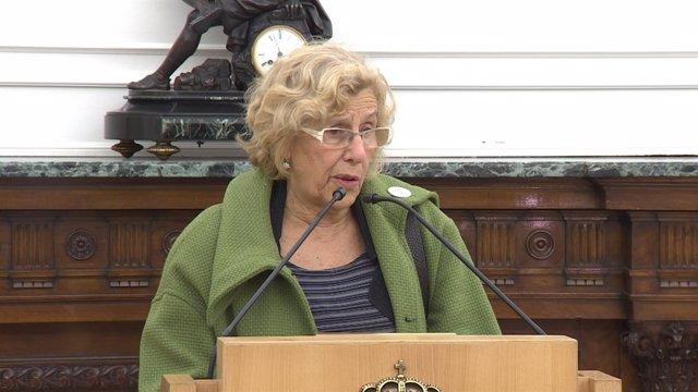 """Carmena habla de """"mejorar"""" el PEF presentado"""