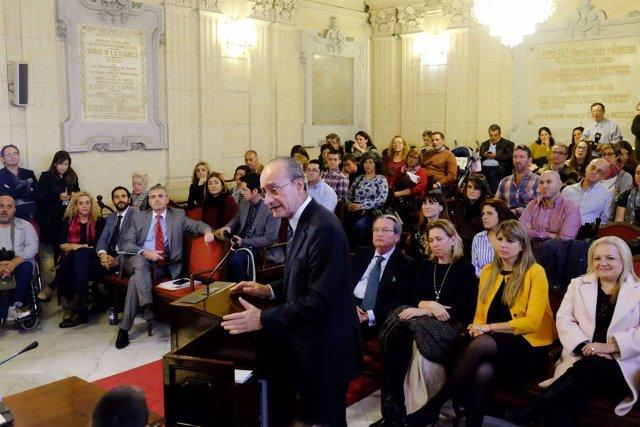 El alcalde de Málaga, Francisco de la Torre, en el pleno infantil