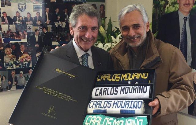 El presidente del Celta Carlos Mourinño firma un acuerdo con el Pachuca mexicano