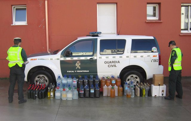 La Guardia Civil interviene licor ilegal en Bergantiños