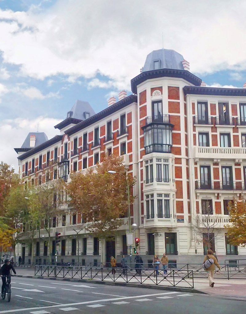 Axiare compra la sede de mckinsey co en madrid por 41 80 for Oficinas de unicaja en madrid