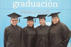 UNIR celebra una multitudinaria Graduación en Colombia