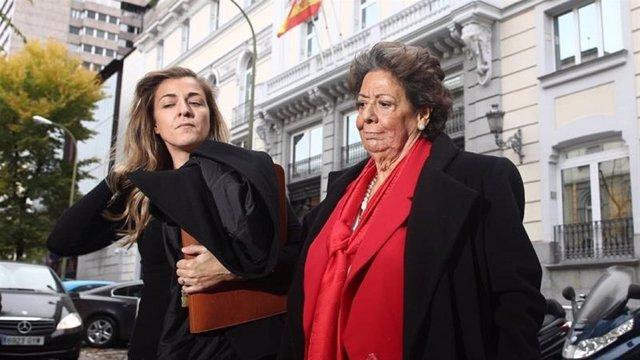 Rita Barberá niega financiación ilegal y caja 'B'