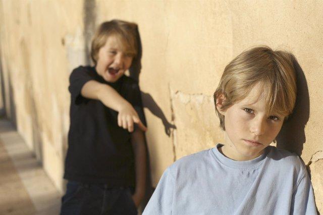 Más de la mitad de las víctimas de acoso no dicen nada a sus padres