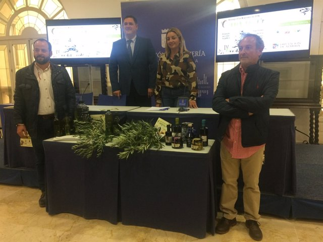 El 'Día del Aceite' muestra a la sociedad la producción oleística de Canjáyar.