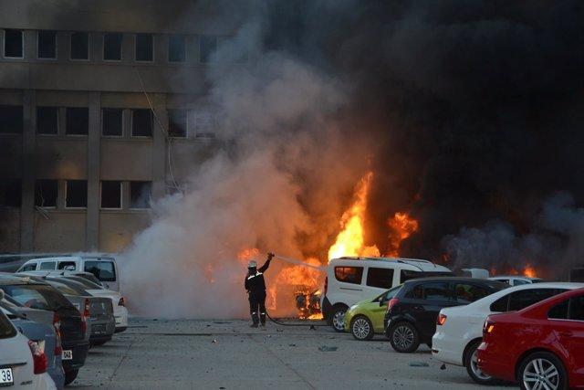 Atentado con coche bomba en Adana (Turquía)