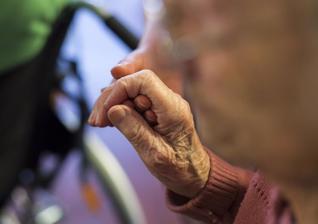Recursos de ancianos, ley de dependencia, dependientes