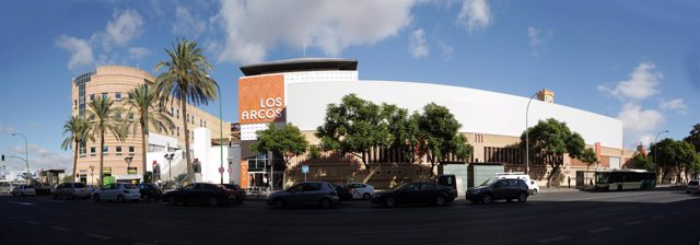 Este viernes, el Centro Comercial abrirá hasta las 23:00 horas.