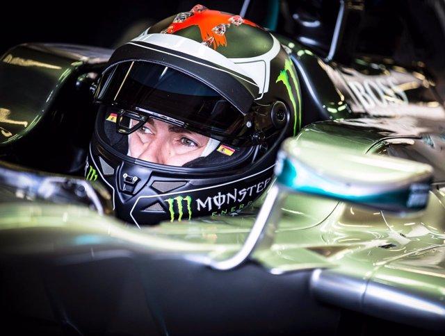 Jorge Lorenzo prueba el Mercedes