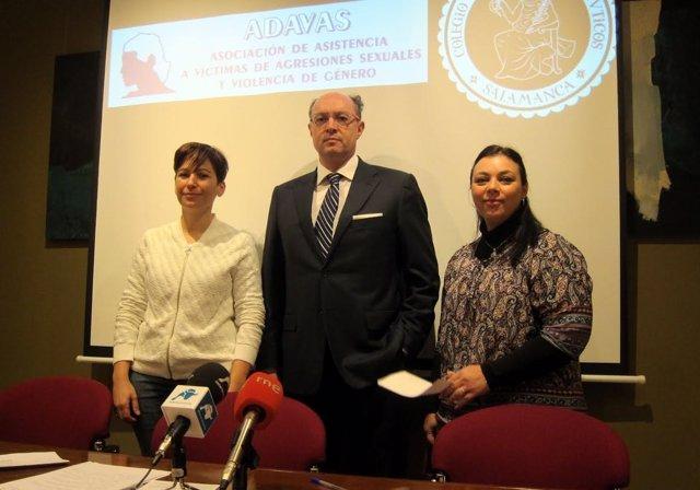 Elena Hermo, Carlos Gacía Y Vanessa Vannay Presentan La Campaña