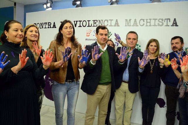 Juanma Moreno, hoy junto a otros dirigentes del partido