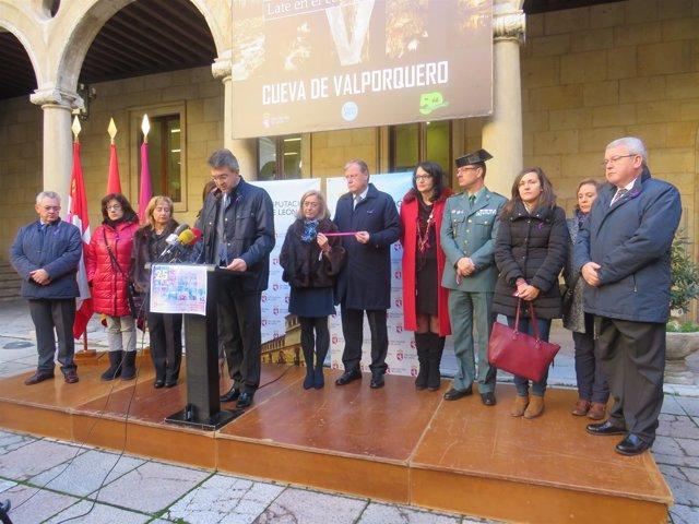 Lectura del manifiesto en León