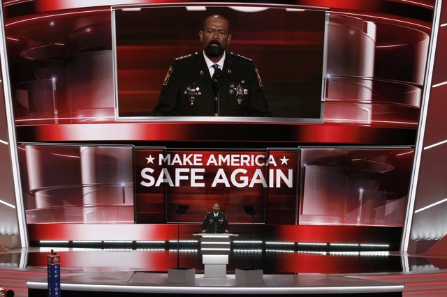 David Clarke, candidato al Departamento de Seguridad Interior