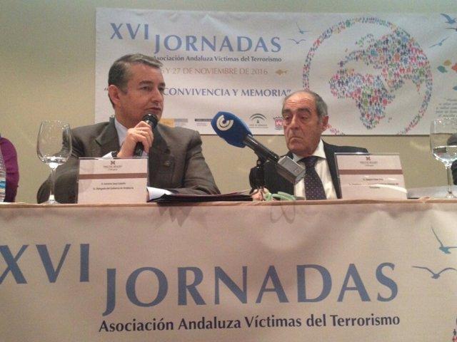 Sanz en las jornadas de la Asociación Andaluza de Víctimas del Terrorismo