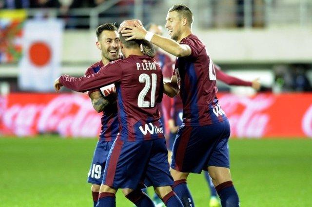 El Eibar celebra un gol en Ipurua