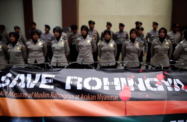 Protesta en Yakarta para pedir salvar a los rohingya de Birmania