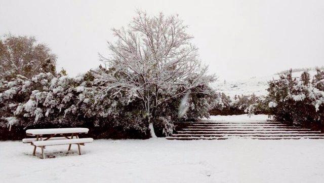 La nieve llega al Valle del Jerte