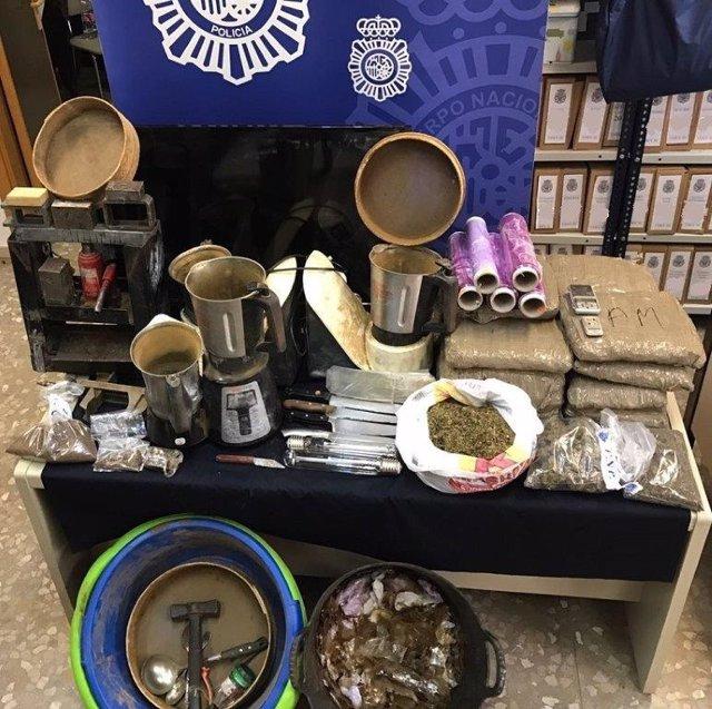 Foto de objetos incautados por la Policía Nacional