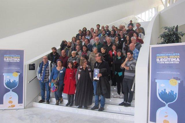 Participantes en el encuentro municipalista.