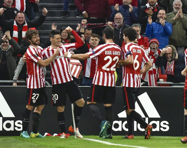 El Athletic Club celebra una victoria en San Mamés