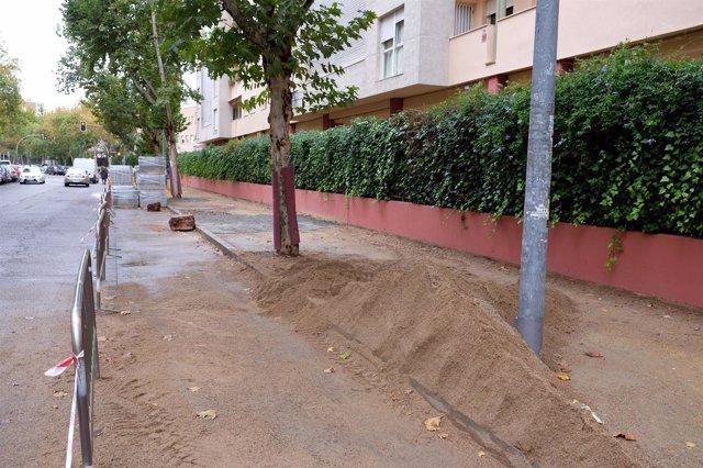 Obras en la calle Esperanza de la Trinidad de Sevilla