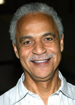 "HOLLYWOOD - NOVEMBER 16:  Actor Ron Glass attends the ""Barney Miller"" television"