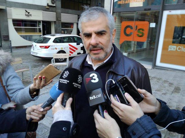 Carlos Carrizona (C's)  en declaraciones a los medios