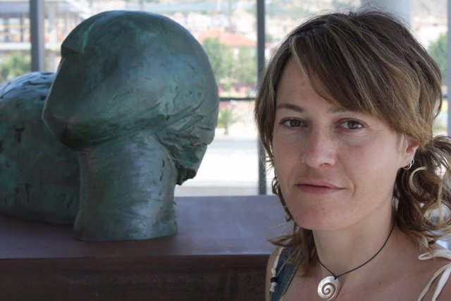 La escultora murciana Sofía Tornero
