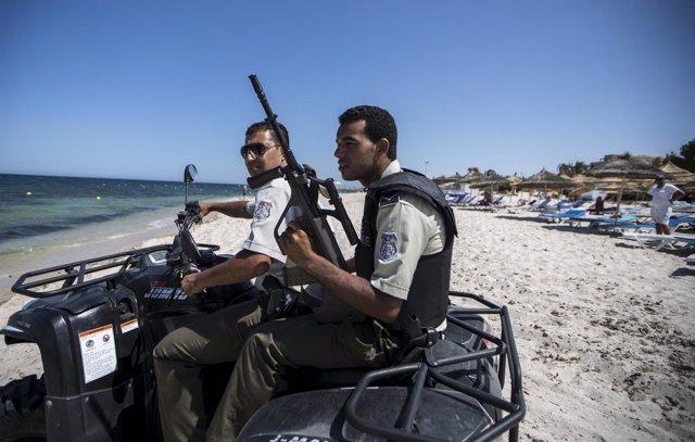 Agentes de Policía en Susa, Túnez