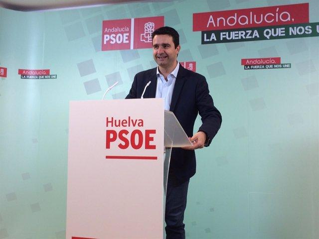 Amaro Huelva en rueda de prensa