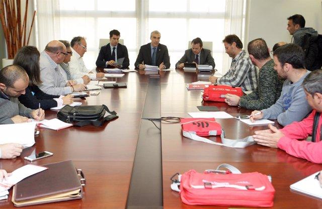 Reunión De Conde Con Los Trabajadores De Ferroatlántica