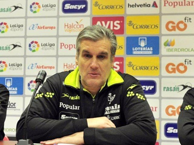 Jorge Dueñas seleccionador selección española balonmano femenino