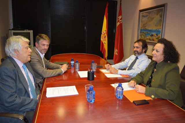 Pedro Rivera, Juan Guillamón y Víctor Martínez abordan el Pacto por las Infraest