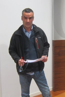 El bombero y delegado deCSI, Miguel Ángel Ordóñez Lorenzana.