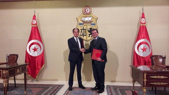 PSA firma un acuerdo con Stafim para producir en Túnez