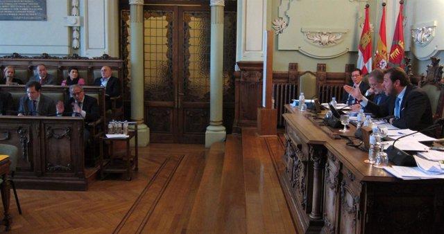 El alcalde de Valladolid interviene en el Pleno muinicipal
