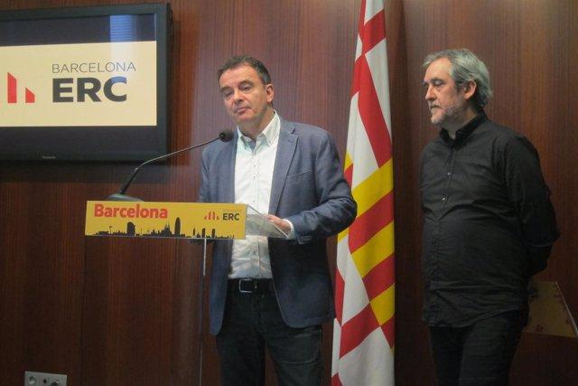 El líder de ERC, Alfred Bosch, con el portavoz del partido, Jordi Coronas
