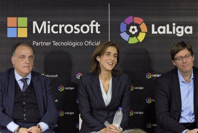 Pilar Lopez, Sebastian Lancestremére y Javier Tebas