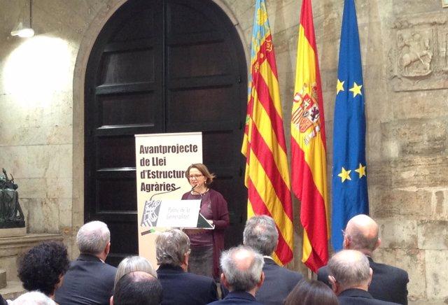 Elena Cebrían presenta el anteproyecto de la Ley de Estructuras Agrarias