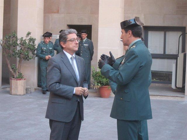 Enric Millo (delegado del Gobierno en Catalunya) Ángel Gozalo (Guardia Civil)