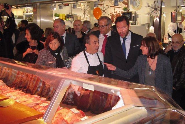 El alcalde de Valladolid, en la inauguración del Mercado del Val