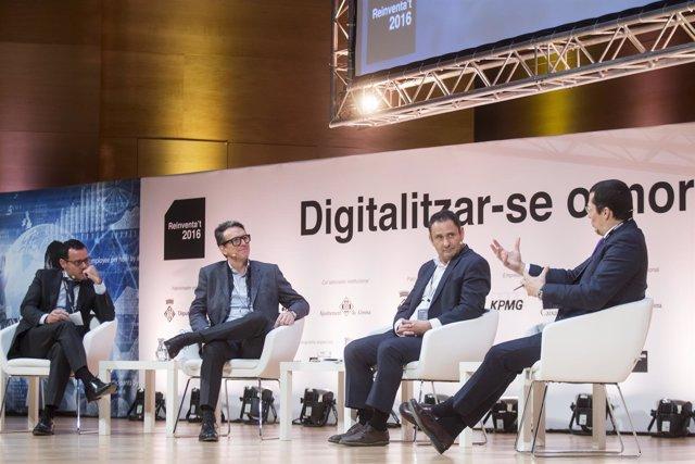 Jornada sobre Digitalizarse o morir organizada por la AED
