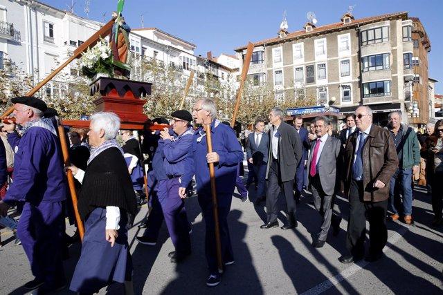 Revilla participa en los festejos de San Andrés