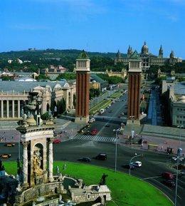 Plaza Espanya, Avenida Reina Maria Cristina, Montjuïc, Fira, MNAC De Barcelona