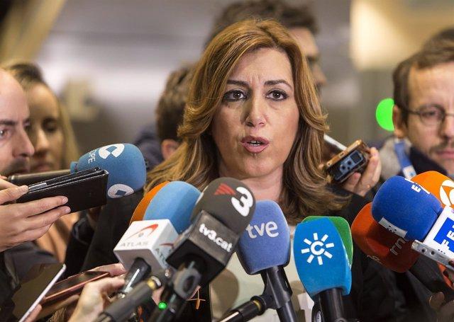 Susana Díaz atiende a los medios en Bruselas