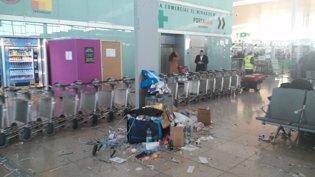 La suciedad y los residuos se acumulan en las term