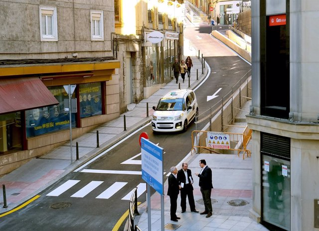 Reabre al tráfico la calle Francisco de Quevedo